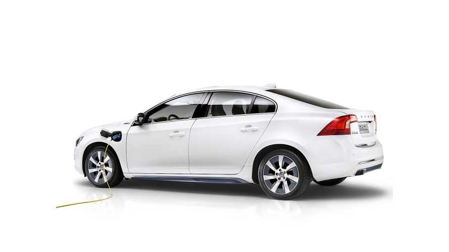 Volvo Reveals High-Performance Gas-Burning S60L PPHEV
