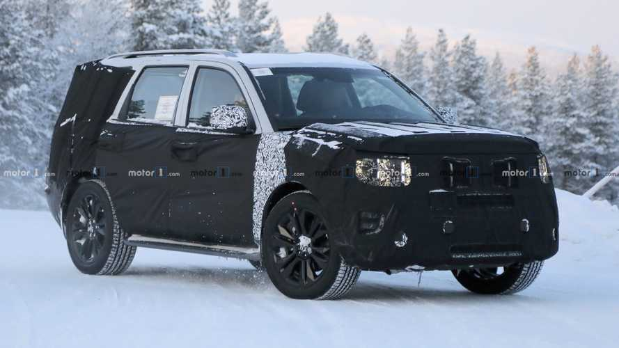 All-New Kia Mohave Makes Spy Photo Debut In The Snow