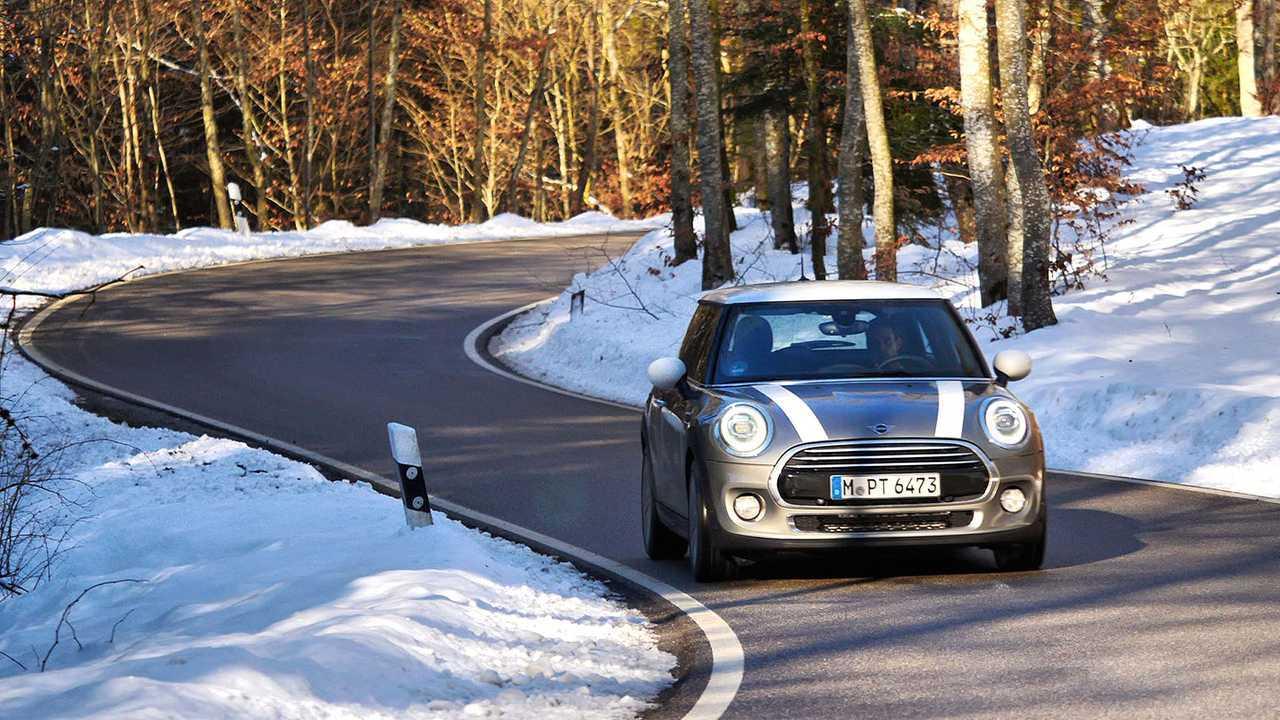 Mini Cooper vs. Opel Corsa GSi