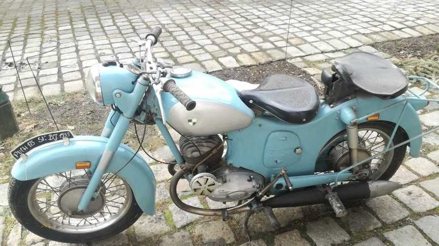 This 50's Puch 175 SV Barn Find Will Soon Hit The Road Again