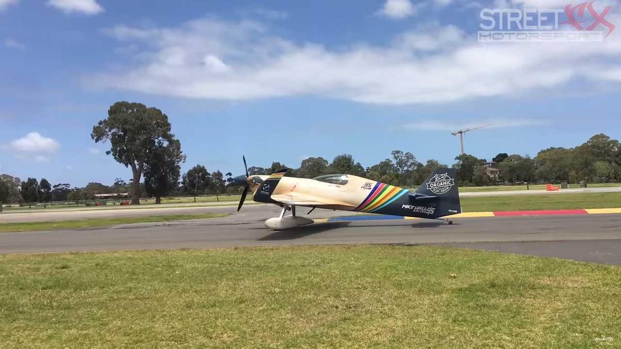 Airplane vs car drag race