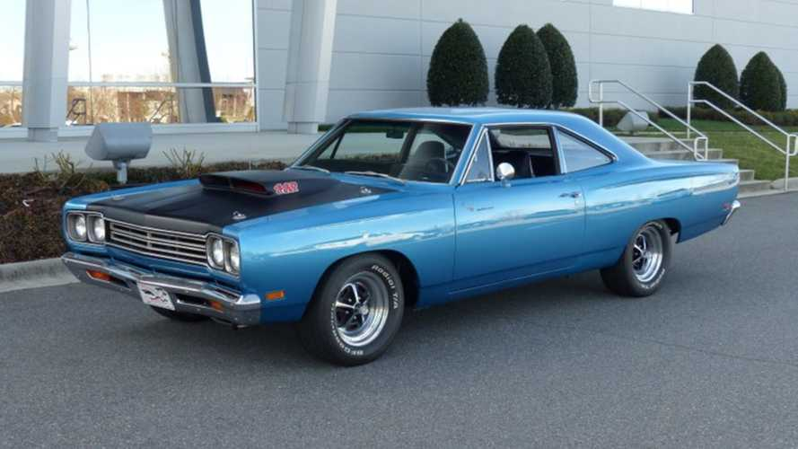 Outrun Wile E Coyote in this 390hp Plymouth Road Runner
