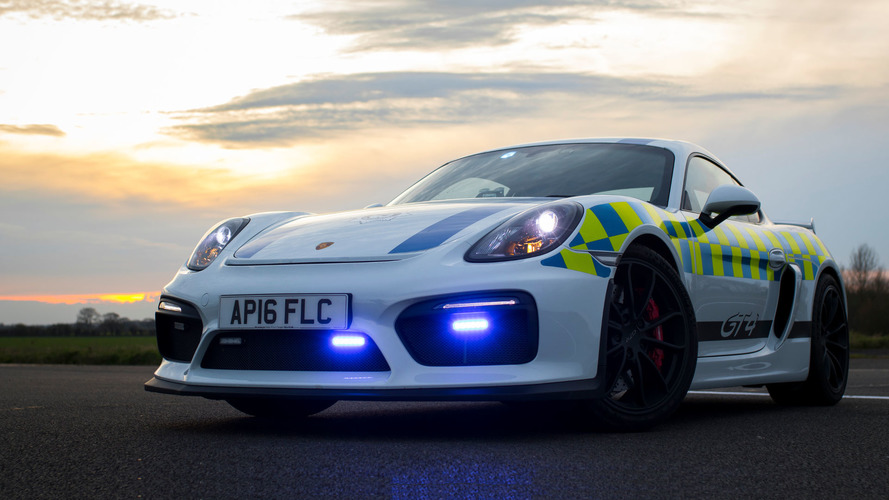 Porsche Cayman GT4 coche de policía