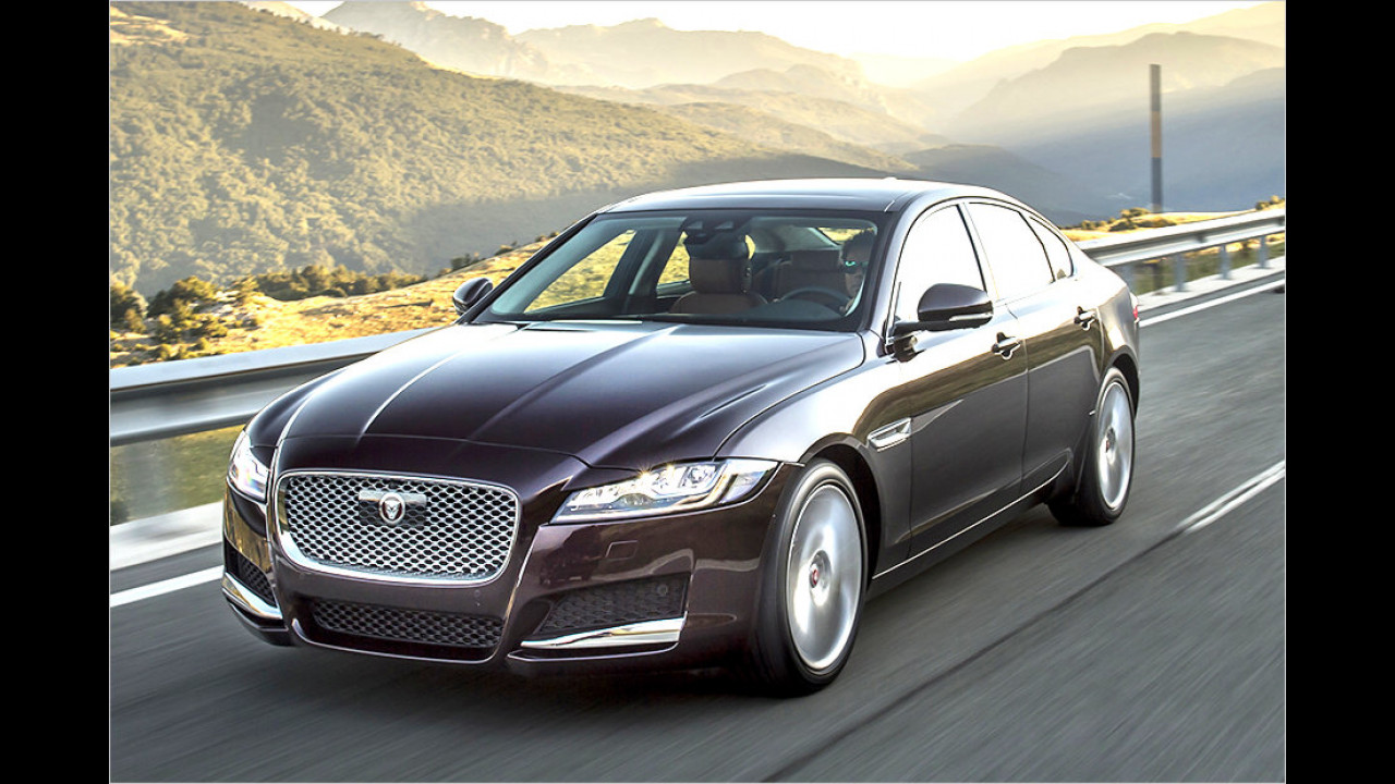 Obere Mittelklasse: Jaguar XF als zweitstärkster Gewinner