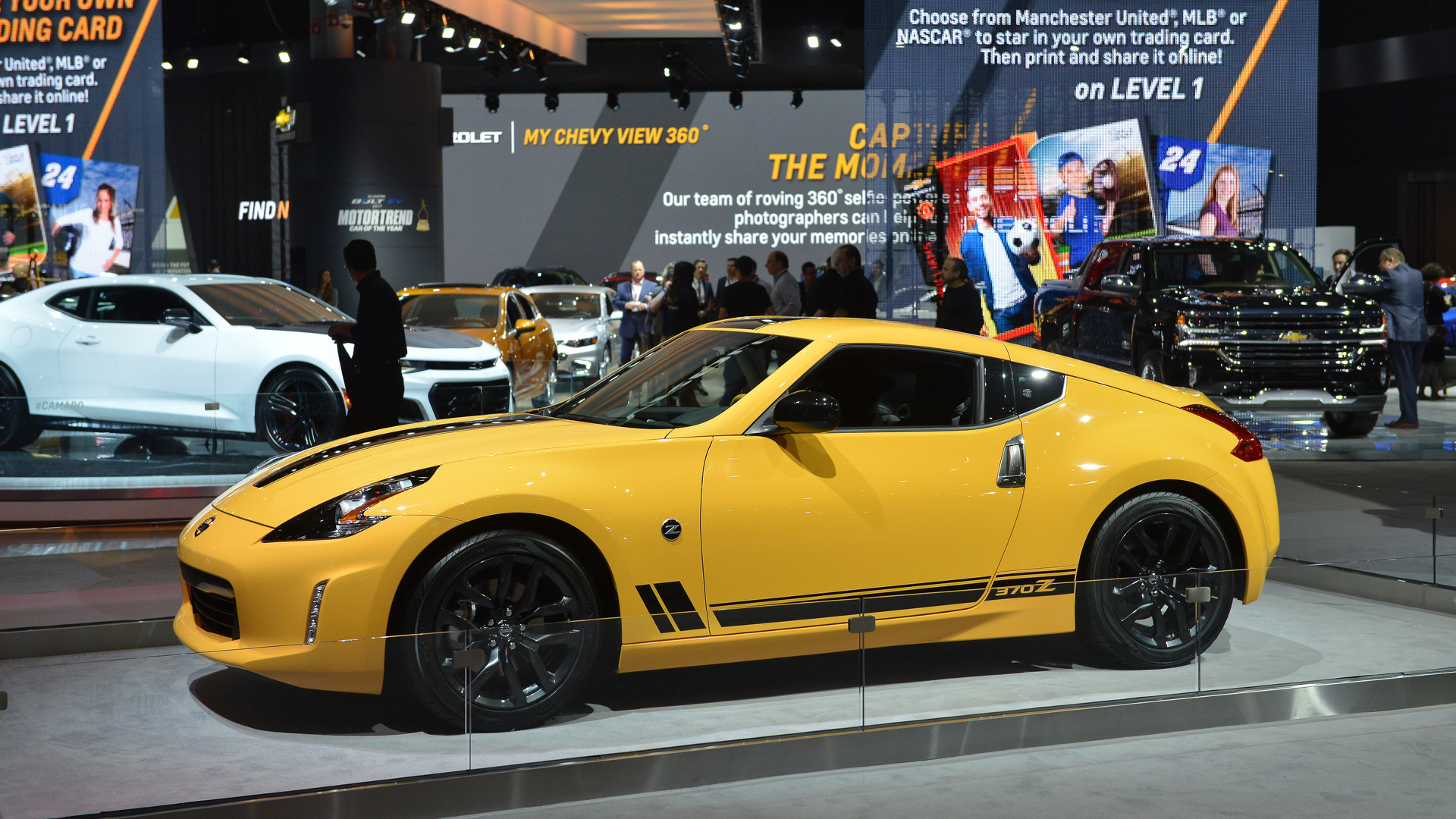 2018 Nissan 370z Heritage Edition New York 2017 Motor1