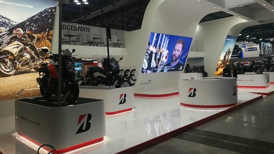 Bridgestone lanza cinco nuevos neumáticos para motos y scooters