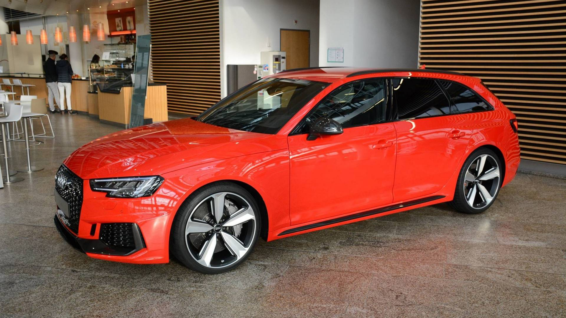 This 2018 Audi RS4 Avant Looks Bloody Good