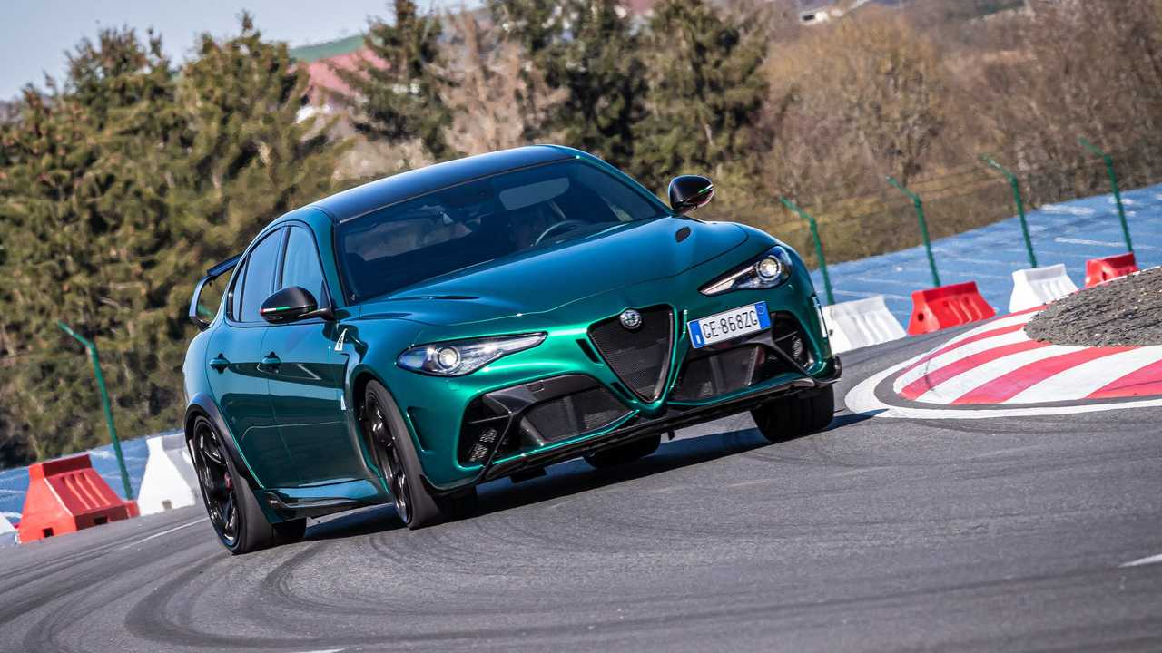 Die limitierte Hardcore-Trackversion Alfa Romeo Giulia GTAm im ersten Test