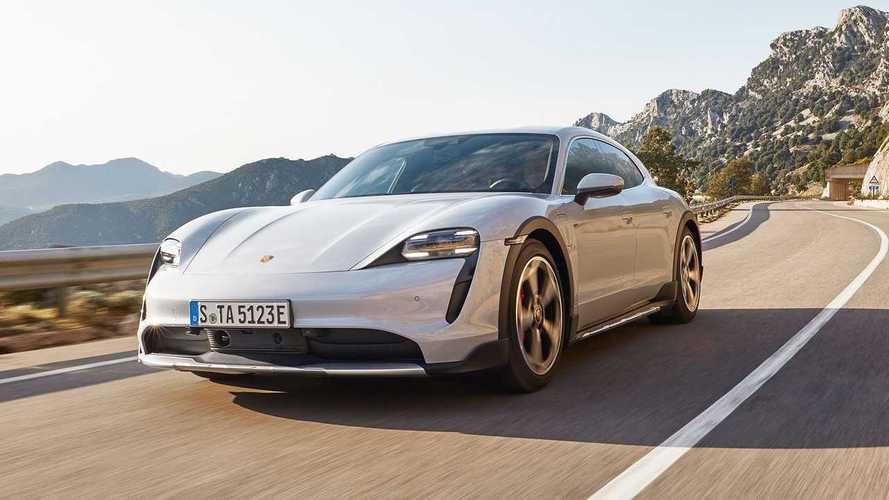 """Porsche, Taycan'a yeni """"özel versiyonlar"""" düşünüyor"""