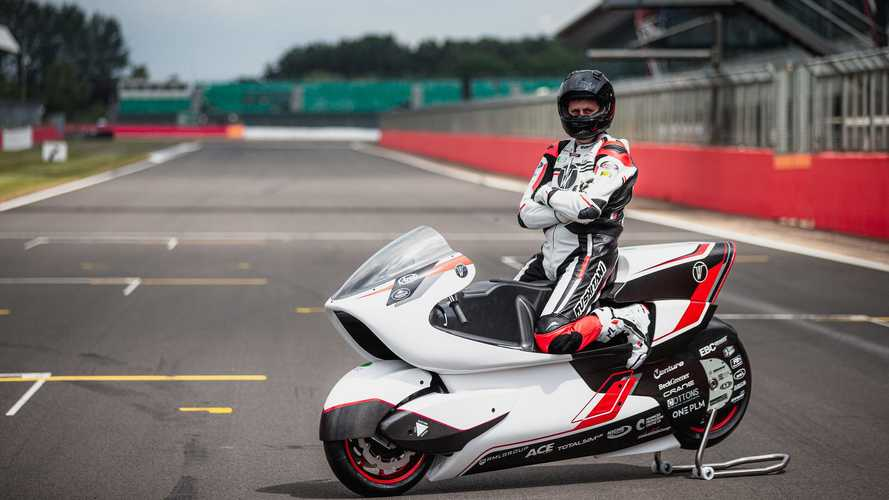 White Motorcycle Concepts Unveils WMC250EV At Silverstone