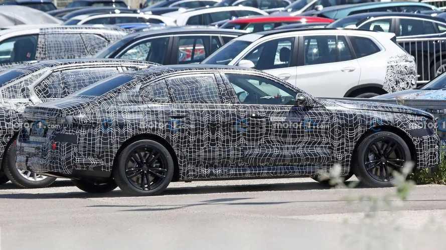 Первые шпионские фото нового седана BMW 5-й серии