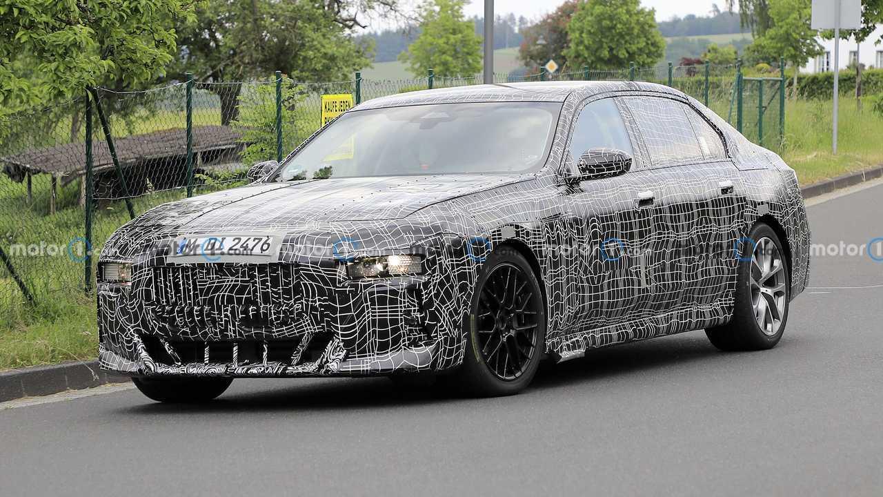Шпионские фото нового BMW 7-й серии