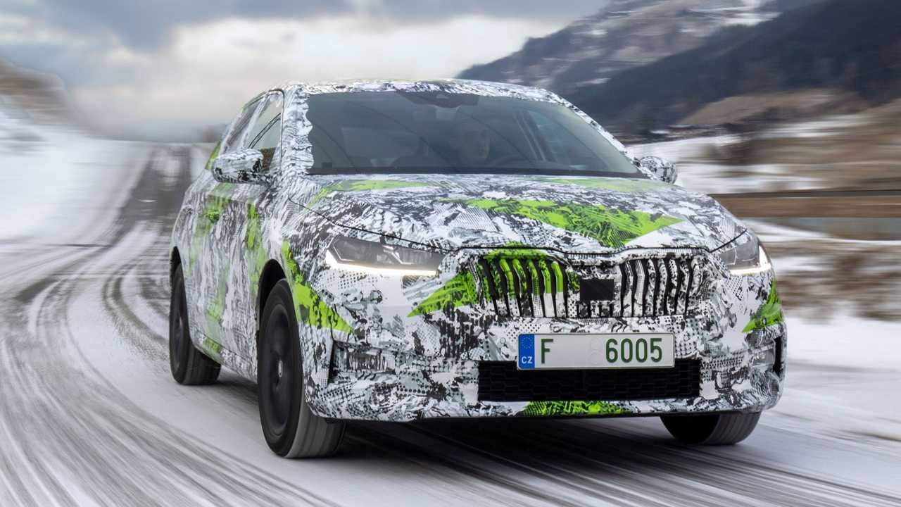 Škoda Fabia 2021 camouflée
