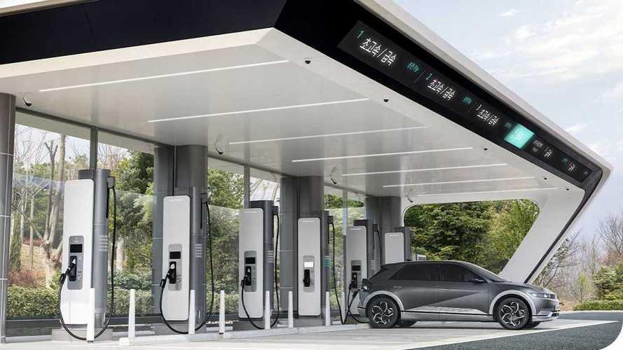 Hyundai cria rede de recarga ultrarrápida para carros elétricos