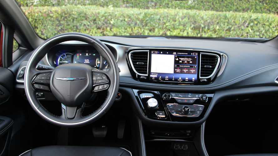 JD Power: New Car Tech Goes Unused, People Don't Intend To Use It