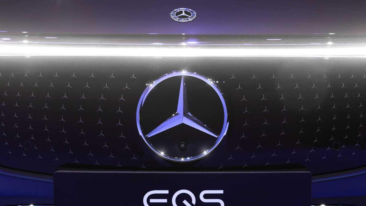 2022 Mercedes-Benz EQS 450 Exterior Front Grille