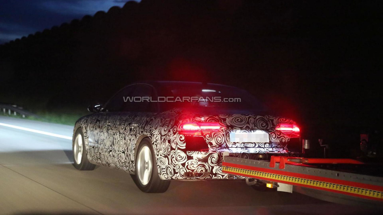 2014 Audi A8 facelift spy photo 10.07.2013