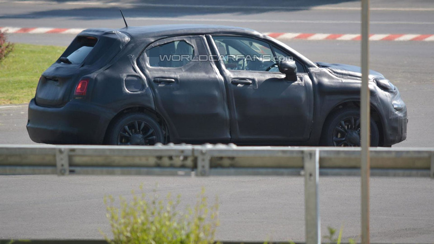 2015 Fiat 500X spied for the first time