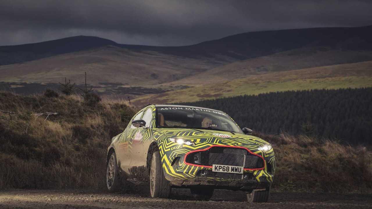 Teaser de l'Aston Martin DBX