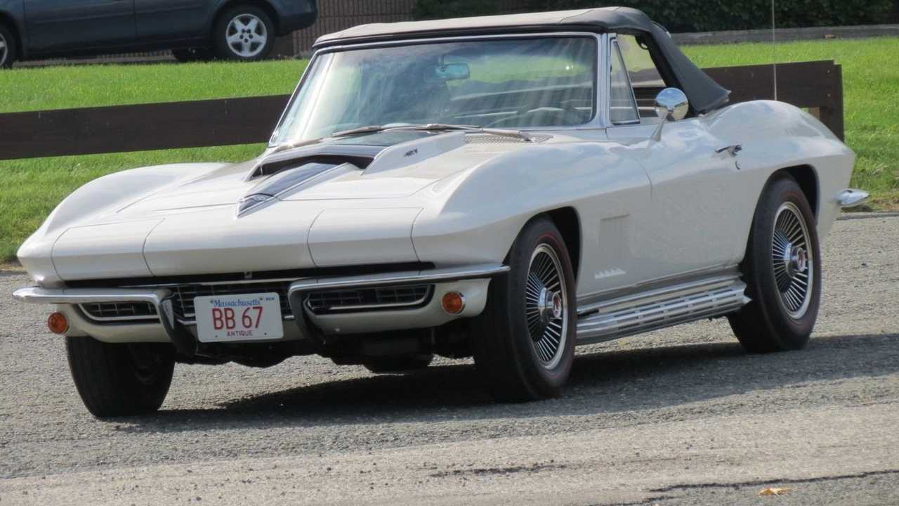 1967 Chevrolet Corvette Stingray Is An NCRS Top Flight Winner