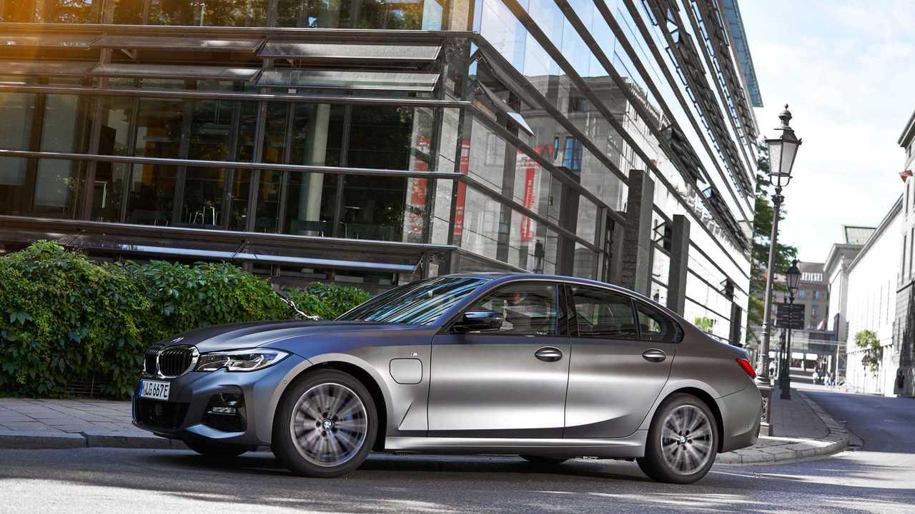 BMW Série 3 330e 2020