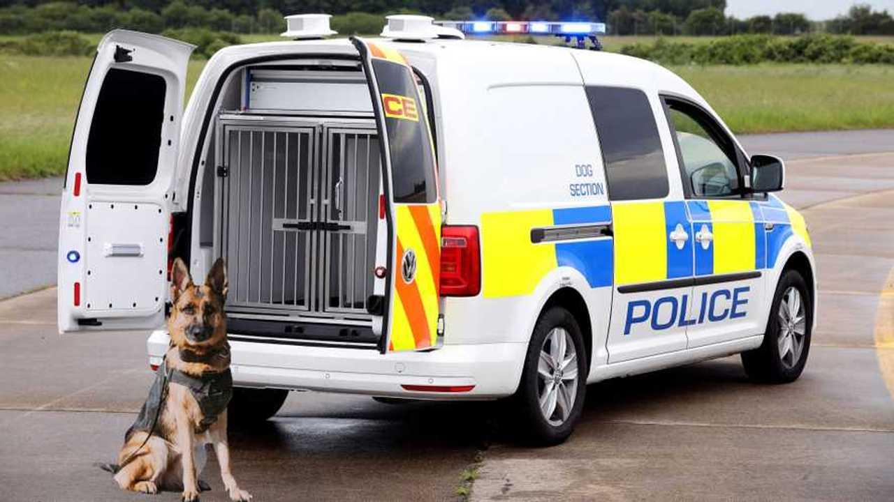 Volkswagen Caddy police dog van