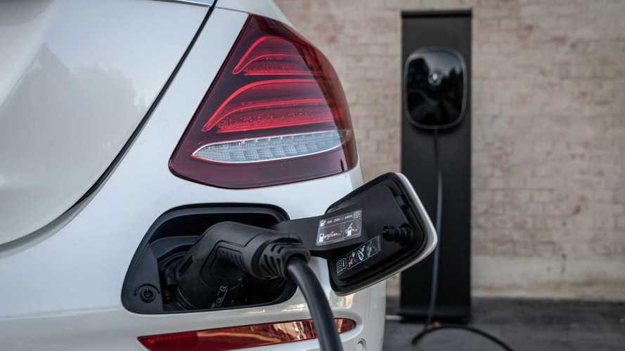 Mercato auto elettriche plug-in, l'Europa cresce del 30%