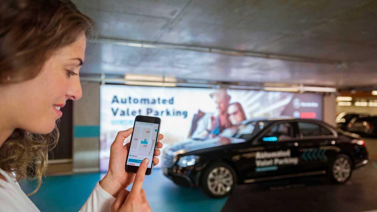Mercedes - Bosch, automata parkolási rendszer