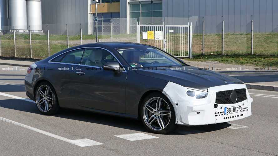 Facelifted Mercedes-Benz E-Class Coupe spied enjoying the sunshine