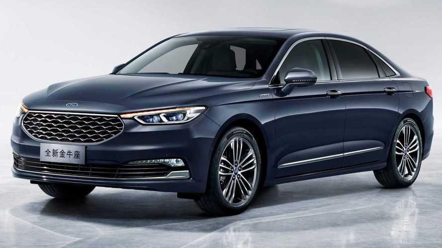Ford apresenta novo Taurus com base de Fusion na China
