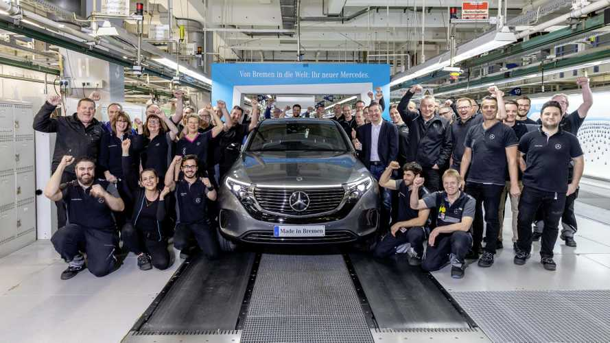 Daimler Employees Getting Up To $1,200 Bonus Despite Challenging 2019
