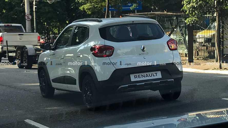Flagra: Renault Kwid Outsider será lançado em maio