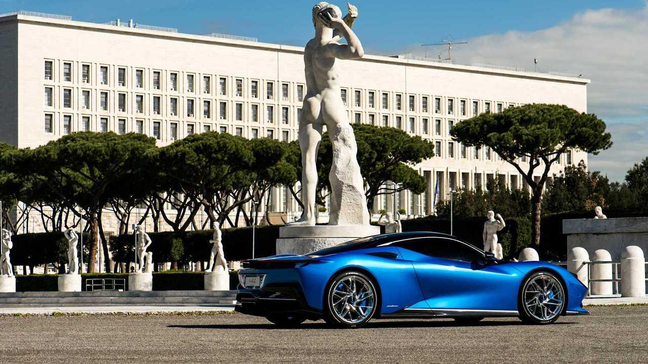 Battista Blue Iconica a Roma 2019