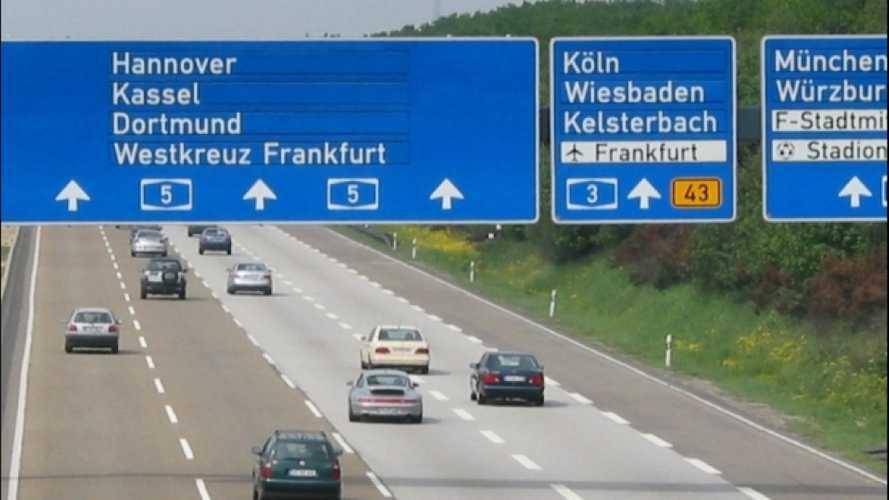 Pedaggio solo per gli stranieri in Germania, l'Europa dice no