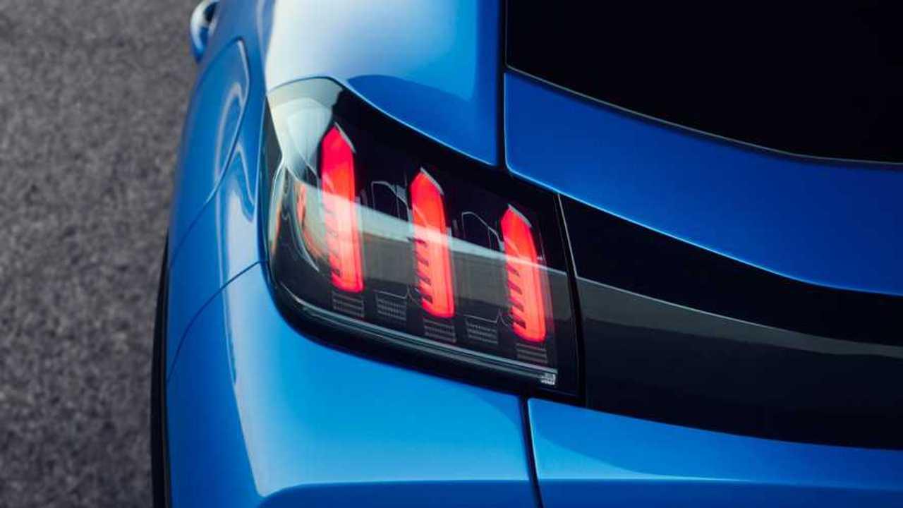 Copertina Peugeot 208, Renault Clio e le altre compatte del 2019