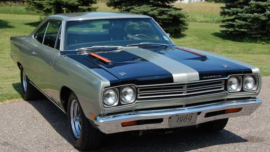 Show-Quality Silver Platinum 1969 Plymouth Road Runner