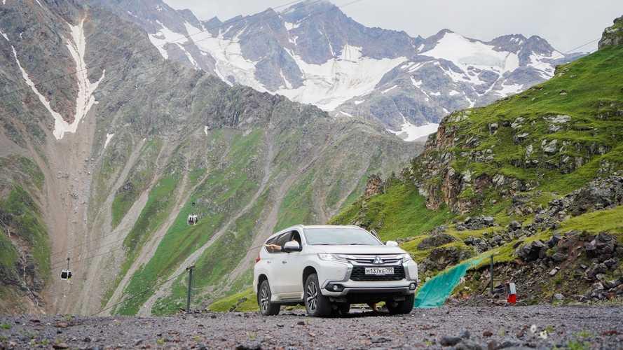 Mitsubishi Pajero Sport признан самым высотным автомобилем страны