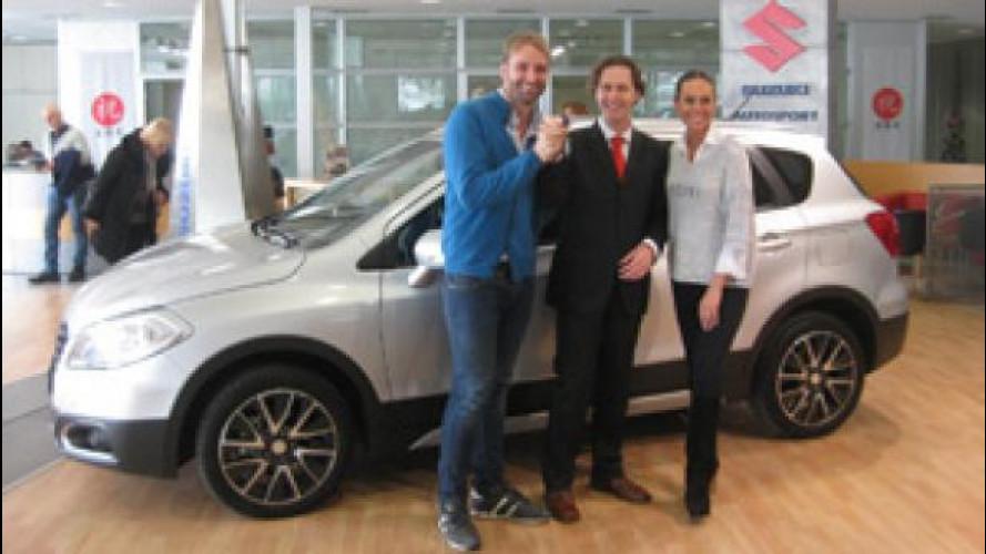 Suzuki S-Cross è la nuova auto della coppia Rosolino-Titova