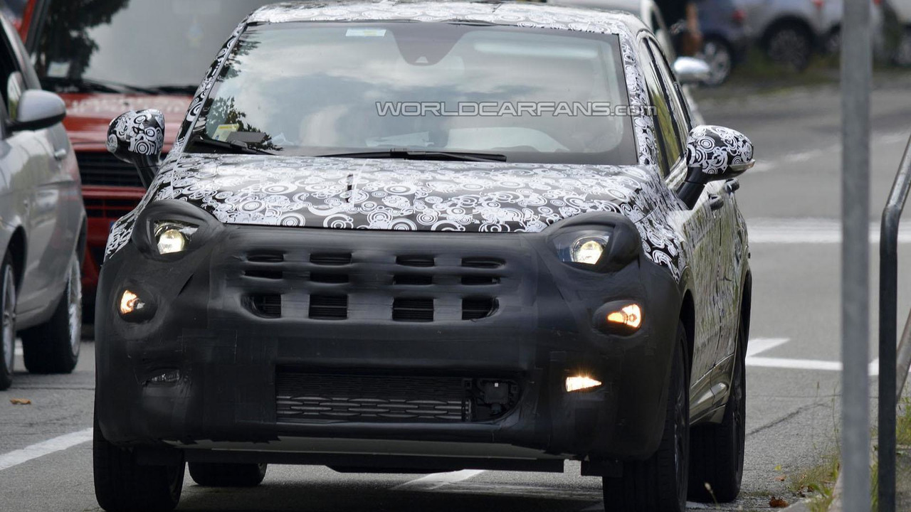 Fiat 500X spy photo