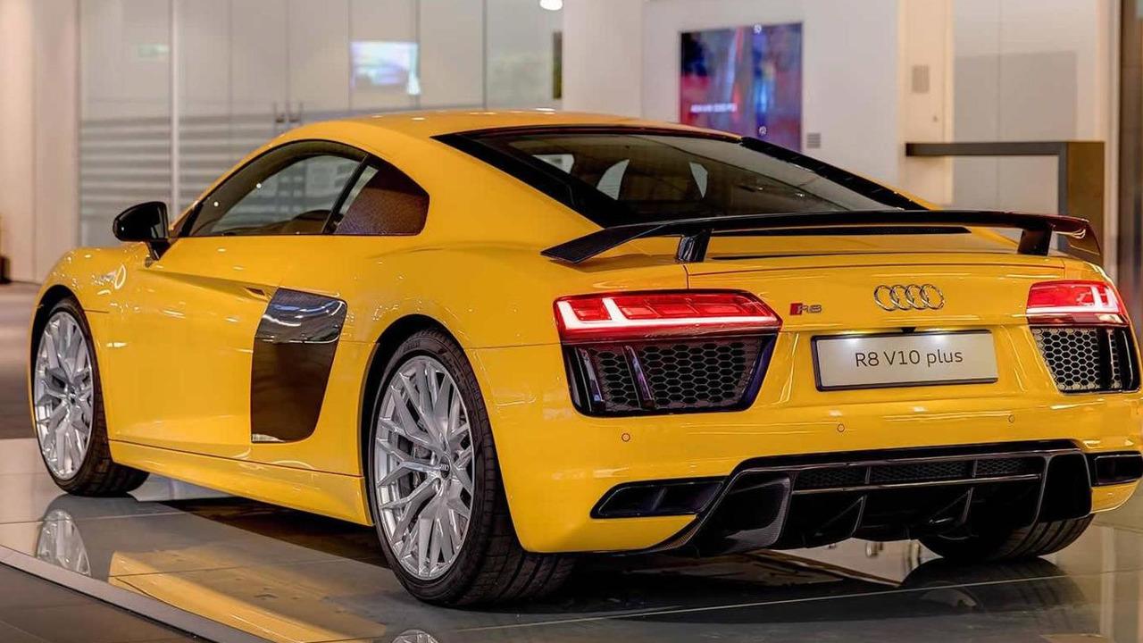 Audi R8 V10 Plus Vegas Yellow