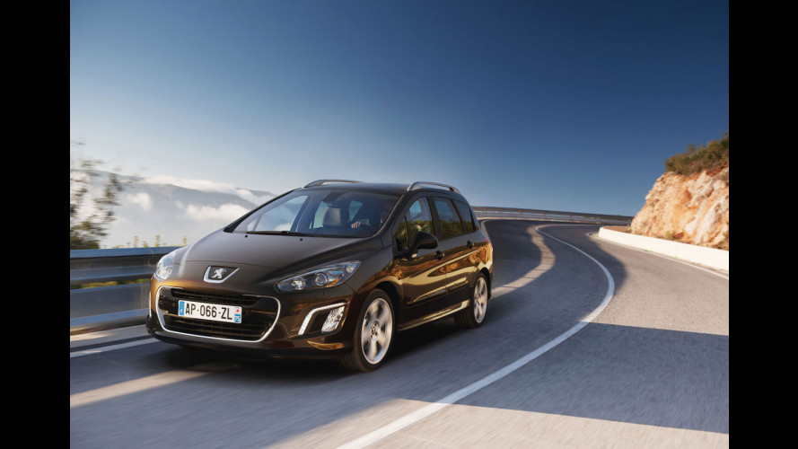 Peugeot 308 restyling: primo contatto