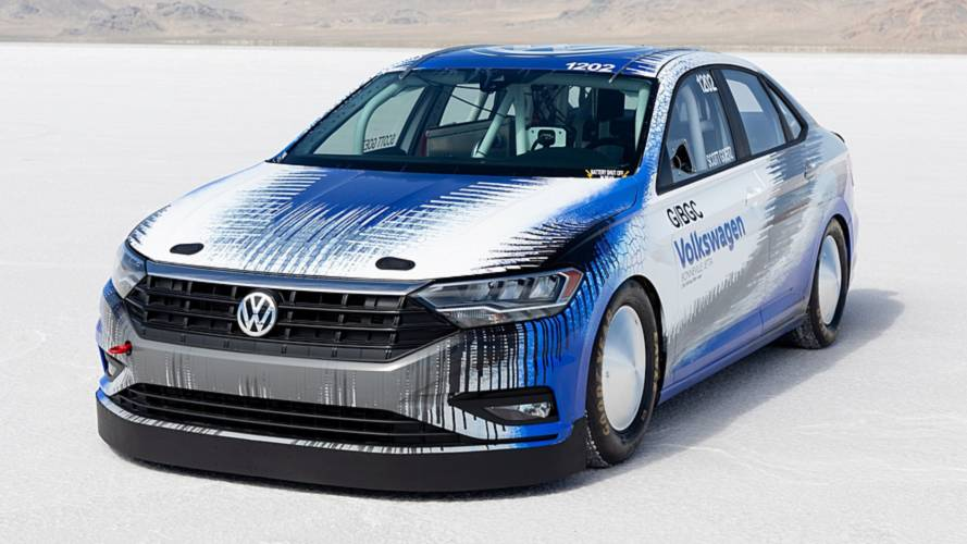 VW Jetta hit 210 mph at Bonneville salt flats to set new record