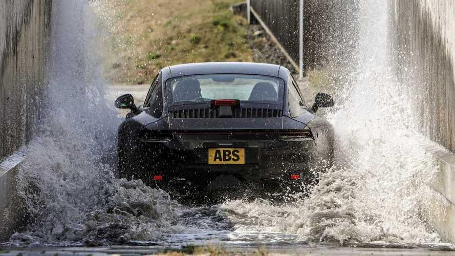 Teaser - La nouvelle Porsche 911 mise à rude épreuve