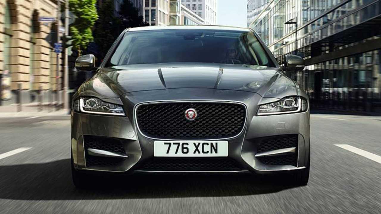 2018 Jaguar XE XF