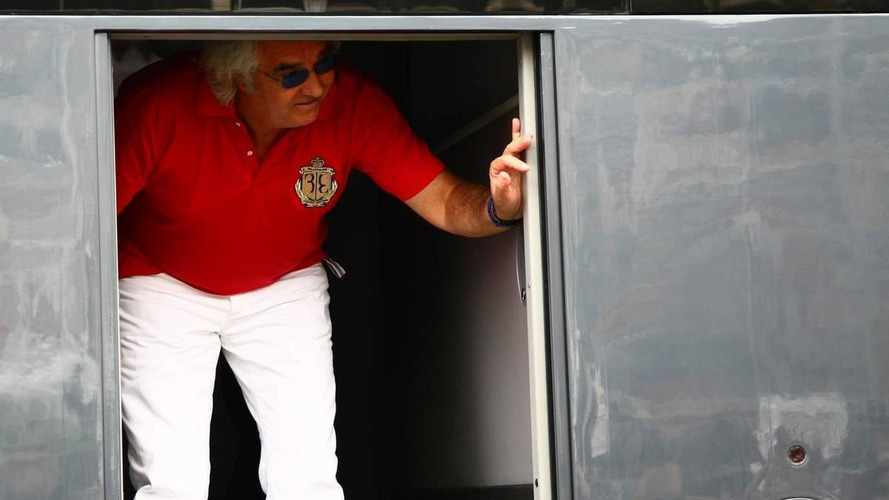 Briatore's Ferrari visit triggers rumours