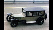 Das Konzept des VR-Motors stammte aber von Lancia. Der erste Serienwagen mit VR-Motor war der Lancia Lambda von 1922