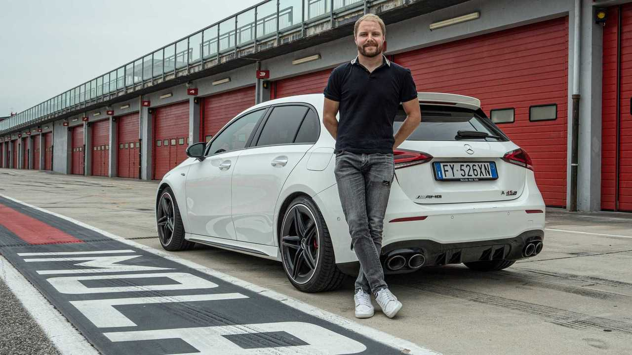 Valtteri Bottas conoce Imola en un Mercedes-AMG A 45 S 4MATIC+