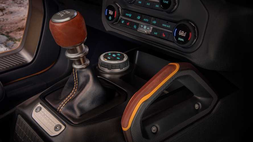 2021 Ford Bronco interior manual gear shifter