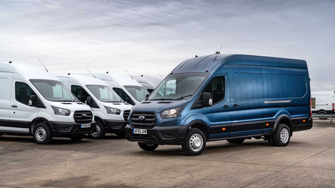 Ford loans Transits to help coronavirus cause