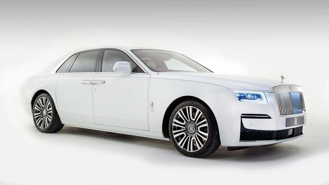Novo Rolls Royce Ghost 2021 Tem Portas Automaticas E Painel Com 850 Estrelas